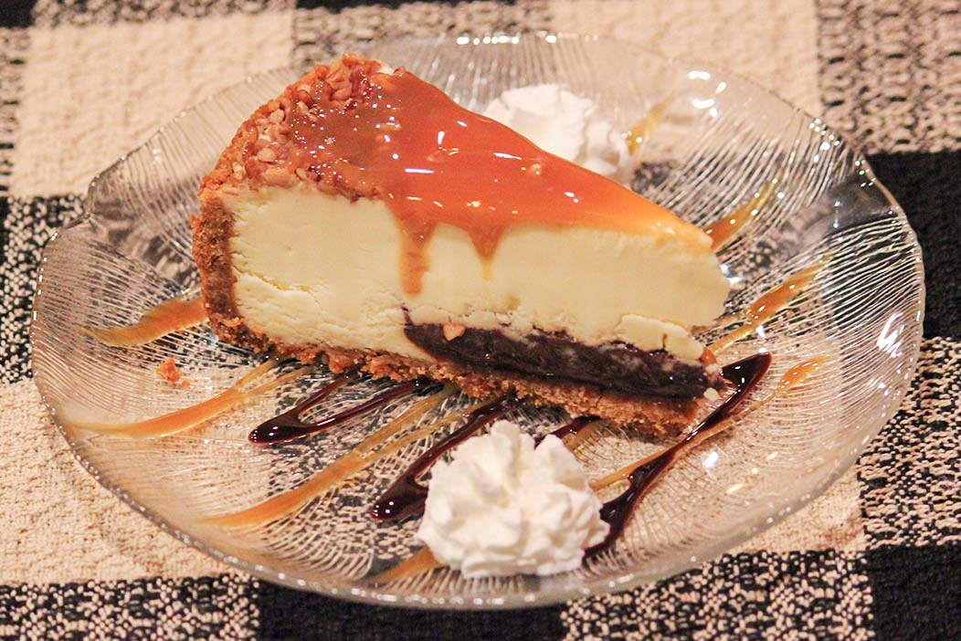 turtle-cheesecake-roepkes-village-inn-supper-club-charlesburg-chilton-wisconsin